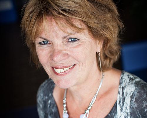 Yvette van der Eerden